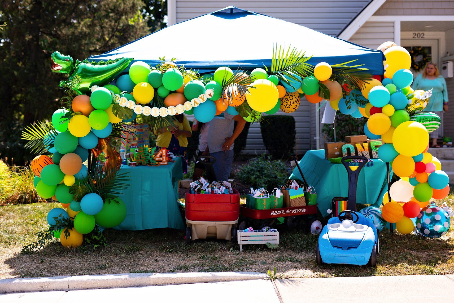 Dinosaurs + Candy Birthday Party | Jennifer Kaye Photography